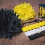 Jak zrobić pompony kwiaty z bibuły? Krok po kroku DIY